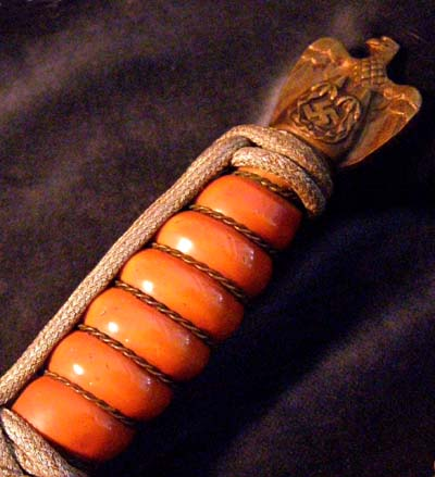 Kriegsmarine Officers Dagger. Silver Portepee. Deep-Orange Grip. WKC.
