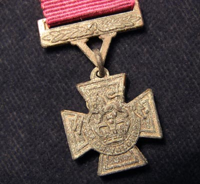 Victoria Cross Medal Miniature. Earlier Issue.