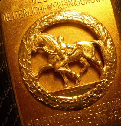 Care of Horses Third Reich Non-Portable Award In Gold