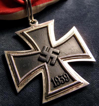 Knights Cross of the Iron Cross. By Klein & Quenzer.