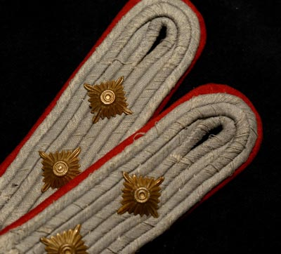 Heer General Staff  Hauptmann Epaulettes - Matched Pair