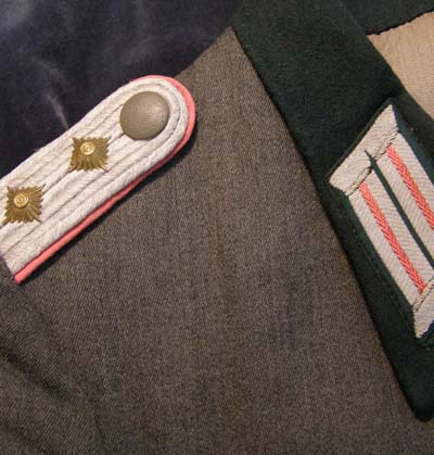 Heer Panzer Hauptmann Tunic. Kuban Shield. Mint Condition.