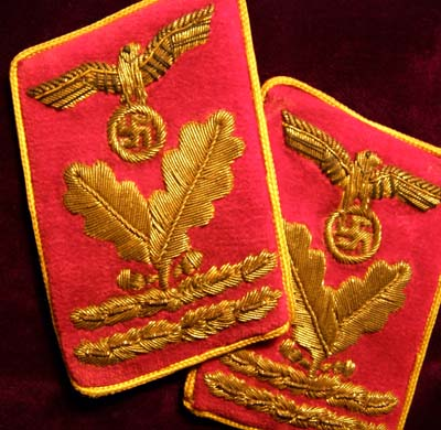NSDAP Reichsleitung Hauptbereitsleiter Pair Collar Patches - Embroidered Style.