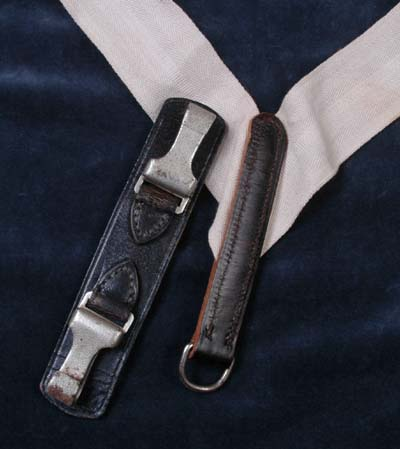 SS Sword Shoulder Sling.