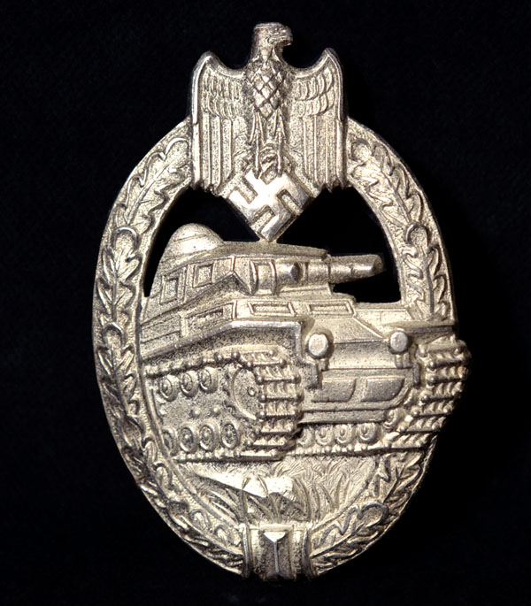 Tank Assault Badge in Silver. Beautiful Quality.