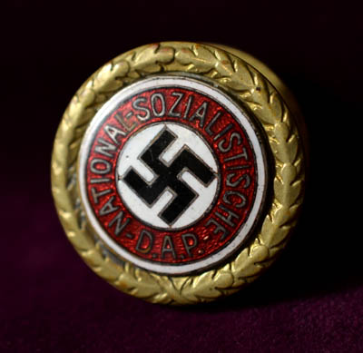 SS-Obergruppenführer & Gauleiter Hildebrandt | Golden Party Badge | 25mm | Family Provenance.