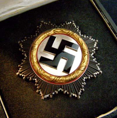 GERMAN CROSS IN GOLD   SALE  GERMAN MEDALS & AWARDS